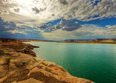 Lake Powell spectacular boating